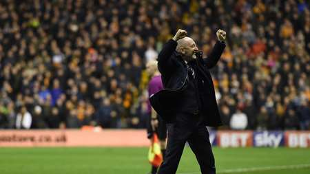 /media/1484/ian_holloway_wolves_01.jpg