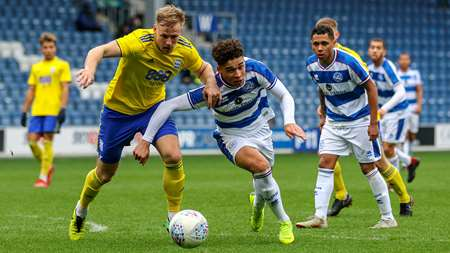 Lewis Walker looks to get the better of the Blues backline