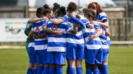 QPR Women huddle ahead of kick-off