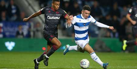 Ilias Chair holds off Reading midfielder Andy Rinomhota