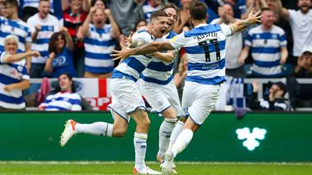 Lyndon Dykes celebrates after giving Rangers the lead
